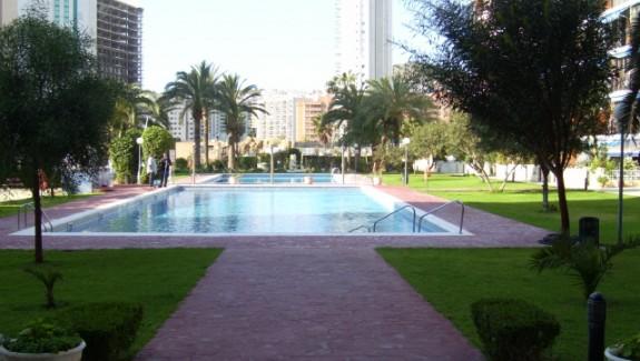 PIC 03801 575x325 - Apartamentos 2 hab. en alquiler